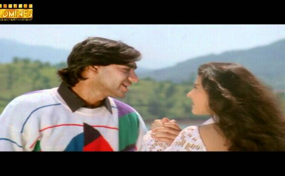 Kajol s Superhit Song-Pehli